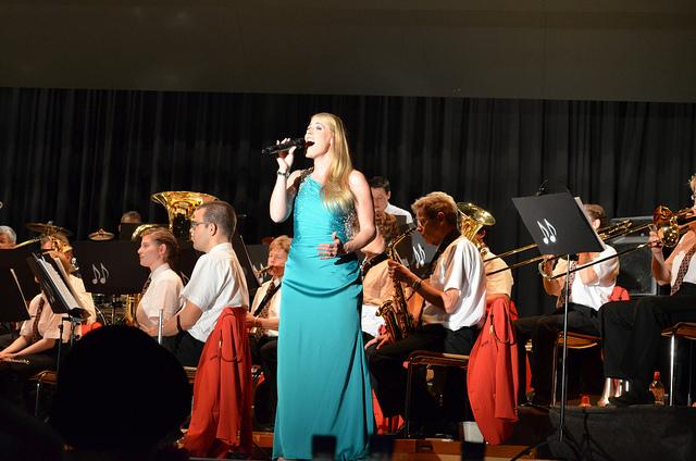 Livegesang Martina Luise - Schweiz - Netstal - Konzert - Orchester