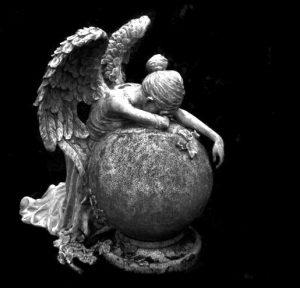 Trauender Engel, Beerdigung, Trauerfeier,