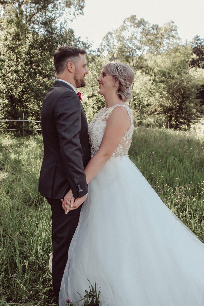 Christin & Gabriel Hochzeit Weingut Berneck