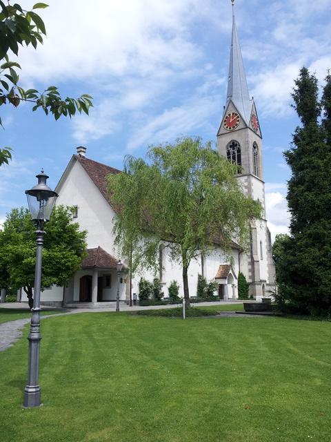 Evangelische Kirche in Pfaeffikon bei Zuerich - kirchliche Trauung