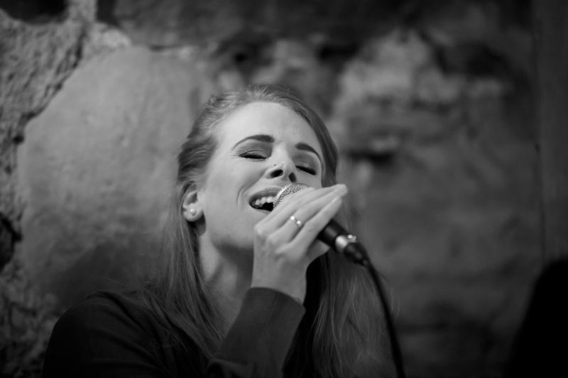 Gesangsaufnahme während einer zivilen Trauung im Schloss Hagenwil bei Amriswil