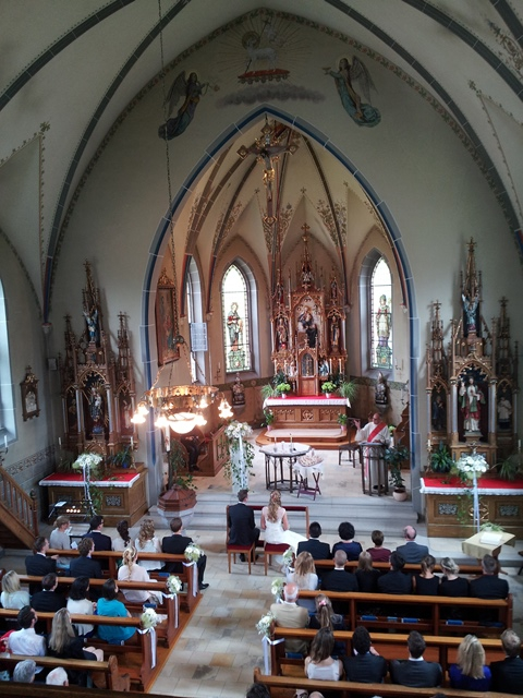 Kirche direkt am Bodensee in Mammern