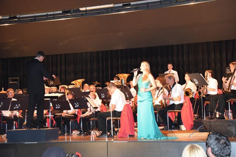 Auftitt mit dem Harmonieorchester aus Netstal - Livegesang - Motto Musicals